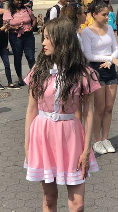 - Hayoung 190708 at washington square park Kpop Girl Groups, Korean Girl Groups, Kpop Girls, Kcon Ny, Boyish, I Love Girls, Girly Outfits, Pop Group, South Korean Girls