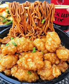 Battered Chicken and Noodles - December 19 2018 at - and Inspiration - Yummy Fatty Meals - Comfort Foods Recipe Ideas - And Kitchen Motivation - Delicious Steaks - Food Addiction Pictures - Decadent Lifestyle Choices I Love Food, Good Food, Yummy Food, Best Junk Food, Big Food, Tasty, Yummy Snacks, Restaurant Food Delivery, Comida Picnic
