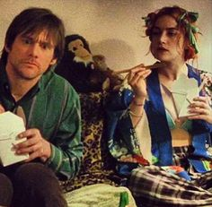 Movie still: Eternal Sunshine of the Spotless Mind with Jim Carrey and Kate Winslet