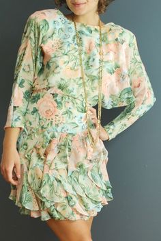 Vintage 80s dress - cute with flat sandals