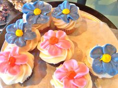Spring Flowered Cupcakes from Bread Winners Cafe and Bakery in Dallas, TX