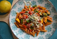 Zucchini and Squash Pasta/ Paste Cu Dovlecei Recipe Squash Pasta, Zucchini Pasta, Vegetarian Recipes Dinner, Dinner Recipes, Grilled Squash, Real Food Recipes, Healthy Recipes, Yellow Squash And Zucchini, Whole Wheat Pasta