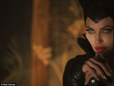 Vivienne al cinema con mamma Angelina Jolie in 'Maleficent' | Gossippando.it
