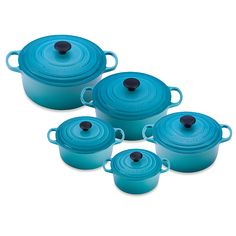 Le Creuset® Signature Round French Oven in Caribbean - BedBathandBeyond.com