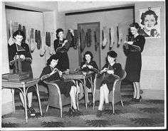 Between shows, attendants at a cinema in Cheshire knit socks for soldiers in the Cheshire Regiment, 1939. http://judyweightman.wordpress.com/2012/10/09/more-knitting-history-world-war-ii/