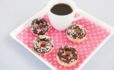 Epicure's Black & White Doughnuts Donut Maker, Doughnut Shop, Brunch Recipes, Snack Recipes, Dessert Recipes, Desserts, Mini Doughnuts, Baked Donuts, Epicure Recipes