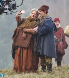 Photos - Once Upon a Time - Season 3 - Set Photos - 27th November 2013 - Once Upon a Time - Season 3 - Set Photos - 27th November 2013 (61)