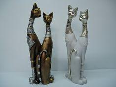 Resultado de imagen para africanas en yeso para pintar Ceramic Bisque, Paper Clay, Cat Art, Crafty, Diy, Painting, Ipods, Design, Cement