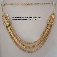 Fine quality uncut Diamonds for best finishing. Presenting some traditional designs of uncut diamond necklaces. Visit s for best designs at most competitive prices. Contact no 8125 782 411 07 August 2019 Antique Jewellery Designs, Gold Jewellery Design, Handmade Jewellery, Gold Temple Jewellery, Gold Jewelry, Gold Bangles, Jewelry Shop, Indian Jewelry Sets, Necklace Designs