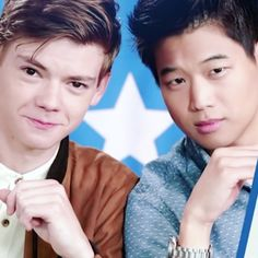 Thomas Brodie-Sangster and Ki Hong Lee Maze Runner Cast, Maze Runner The Scorch, Maze Runner Movie, Maze Runner Series, James Dashner, The Scorch Trials, Percabeth, Thomas Brodie Sangster, Maze Runner Cura Mortal