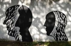 Street artist David De La Mano recently created this amazingly captivating mural, entitled Transciende (Transcends), along the streets of Montevideo, Uruguay. Spanish Painters, Spanish Artists, Street Mural, Street Art Graffiti, Wall Street, Urban Street Art, Urban Art, Montevideo, David
