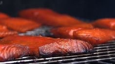 """000How To Smoke Salmon The Chef Way Chef Jason Hill shows you how to make smoked salmon in this episode of """"Chef Tips."""" This smoked salmon recipe is a """"hot smoked salmon,"""" made by smoking salmon over low heat on the Green Mountain Grills pellet grill. To begin, make a dry brine for smoked salmon, …"""