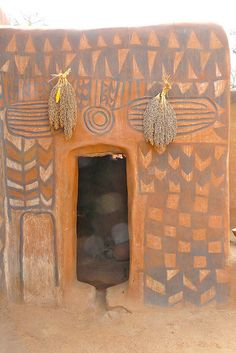 Photo by Justina Blakeny  Geometric painted dwellings from the village of Tiébélé located in Burkina Faso, West Africa.