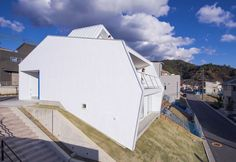 白い林檎|奥和田健 建築設計事務所