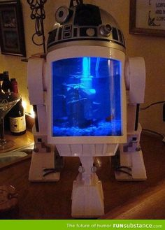 Best fishtank ever I would even get fish if I had this!