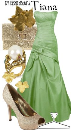 I wish I could wear a dress like this (and look good in it, that is!)