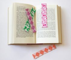 Easy woven origami bookmarks | How About Orange