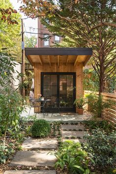 Charming oasis in New York City: Warren Mews Townhouse