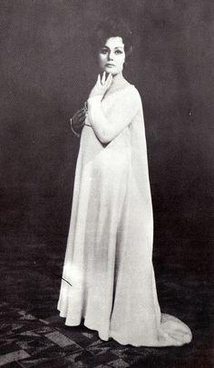 "Maria Bieşu   in the party  Leonora in the Opera ""Il Trovatore"" by Giuseppe Verdi, 1969. Мария Биешу в партии Леоноры в опере «Трубадур» Джузеппе Верди, 1969 г."