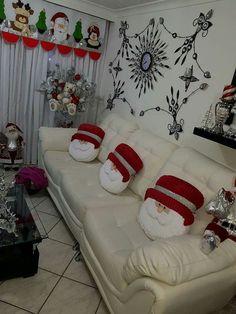 Maru Rivera Muñoz's media content and analytics Christmas Sewing, Christmas Home, Christmas Holidays, Merry Christmas, Christmas Pillow, Diy And Crafts, Christmas Crafts, Christmas Ornaments, Christmas Bathroom Decor