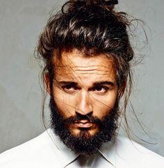 23 homens que combinaram barba e coque e arrasaram
