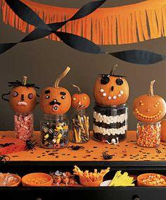 Resultado de imagen para mesa de dulces de halloween