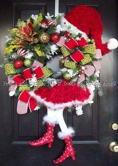 """Santa Diva"" Christmas Wreath-Petals & Plumes-Hat n' Boots Collection © 2010"