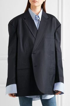 Navy wool Button fastenings through front 100% wool; buttons: 100% horn (Buffalo); lining1: 100% cupro; lining2: 100% cotton Dry clean Made in Italy