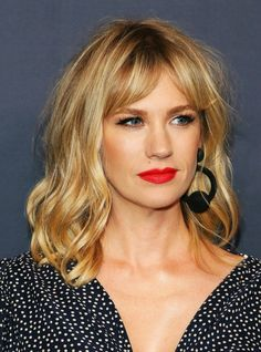 Everyone In Hollywood Is Getting This Low-Maintenance Cut Curtain Bangs Celebrity Hairstyle Trend – Kirsten Dunst Hairstyles With Bangs, Pretty Hairstyles, Lob Haircut With Bangs, Haircut Medium, Blond Bangs, Braided Hairstyles, Teen Hairstyles, Casual Hairstyles, Short Hairstyles With Fringe
