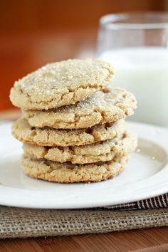 Browned Butter Sugar Cookies: These are one of the best (quite possibly the best) cookies I have ever made. The browned butter makes all the difference in the world. (worlds best sugar cookies) Brown Butter Cookies, Chewy Sugar Cookies, Best Sugar Cookies, Cookies Et Biscuits, Shortbread Cookies, Ic Recipes, Sweet Recipes, Cookie Recipes, Dessert Recipes