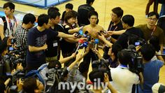 Team Korea Olympic training camp at Brunel University in July 2012 - Media day brought in reporters from more than 20 news agencies. Google Image Result for http://cdn.mydaily.co.kr/FILES/201207/201207251449458066_1.jpg