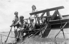 Hannah Szenes in northern Palestine, circa 1941