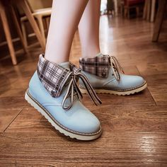 kawaii Korean fashion students martin boots, so cute! Kawaii Fashion, Cute Fashion, Fashion Shoes, Fashion Outfits, Womens Fashion, Kawaii Shoes, Kawaii Clothes, Cute Shoes, Me Too Shoes