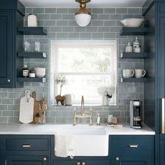 Best farmhouse gray kitchen cabinets ideas (39)