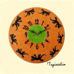 Horloge la ronde des lézards vert-orange  : Décorations murales par magicreation sur ALittleMarket Decoration, Clocks, Creations, French, Etsy, Vintage, Home Decor, Wall Decorations, Clock