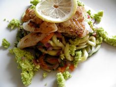 """Curry Cod and vegetable """"spagetti """" and avocadopesto"""