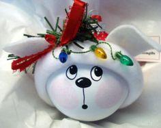 Blanco y negro gato Kitty adornos navideños por TownsendCustomGifts