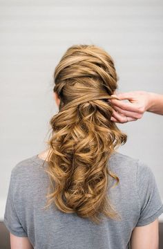 Trendy Long Hair Women's Styles    Crisscross Wedding Hair So Cool You'll Want To Copy    - #HairStyle