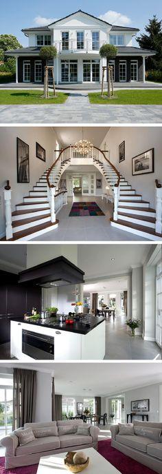 Stilvolle Luxus-Villa im Landhausstil Treppenhaus repräsentativ - Stadtvilla Falkensee Heinz von Heiden Massivhaus - HausbauDirekt.de