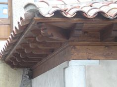 1000 images about tejados cubiertas y aleros de madera for Tejados de madera fotos