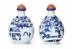A white and blue-overlay white glass snuff bottle, possibly Imperial, Palace Workshops, Beijing, 1760-1790