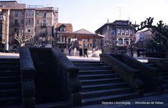 Plaza de San Nicolás desde Avenida Basagoiti, años 80 (Colección Joseba Geijo) (ref. JG222)