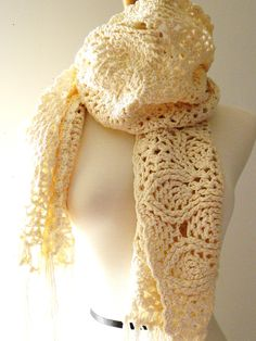 Really cute ivory crocheted scarf by NathalyC