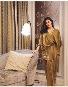 Kebaya Modern Dress, Kebaya Dress, Dress Pesta, Modest Fashion Hijab, Abaya Fashion, Muslim Fashion, Fashion Dresses, Batik Dress, Lace Dress