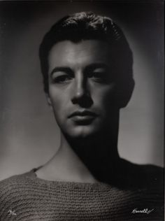 George Hurrell (1904-1992) Robert Taylor | Doyle Auction House Barbara Stanwyck, Robert Taylor Actor, George Hurrell, Richard Rodgers, Most Handsome Actors, Young Celebrities, Joan Crawford, Old Hollywood, Classic Hollywood