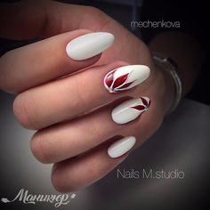 Oval nails have become very popular in recent years. Oval nails have become quite fashionable in today's fashion world. Encouraging color combinations play a role in Oval nail design, making them look smarter. Here are 44 Stylish Oval Nail Art Desi Almond Shape Nails, Almond Nails, Stylish Nails, Trendy Nails, Types Of Nails Shapes, Oval Nails, Nail Swag, Beautiful Nail Designs, Flower Nails