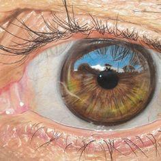 Impresionantes ojos hiperrealistas dibujados a mano con lápices de colores que parecen auténticos!!
