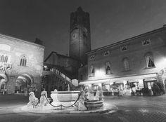 TELLTALE  » Bergamo in 645 wide – Ilford HP5 Plus @1600