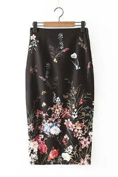This skirt is designed with floral print pattern, bodycon fit, back split and side zipper closure. Just pair this up with a black lace top, a pair of pointed boots. You will be charming all day long.