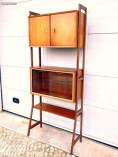 Estante vitrine olaio vintage 84comp X 30prof X 20 - à venda - Móveis &…